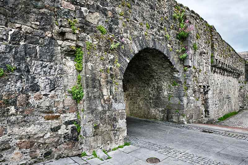 Spanish Arch Tour Galway